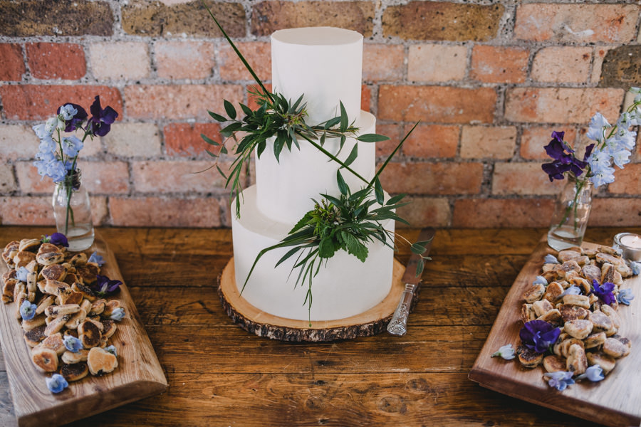 Loft Studios wedding, humanist wedding, Sparkling Spatula wedding cake